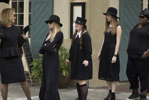 american-horror-story-coven-premiere-FX