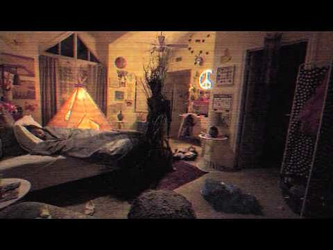 the-first-paranormal-activity-the-ghost-dimension-trailer-creeps-up-online-473571
